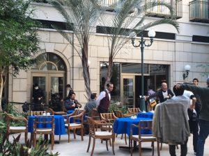 水戸プラザホテルが外国のカフェに早変わり。エキストラさんも外国の方です。