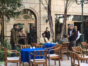 テヘランのカフェの設定で撮影